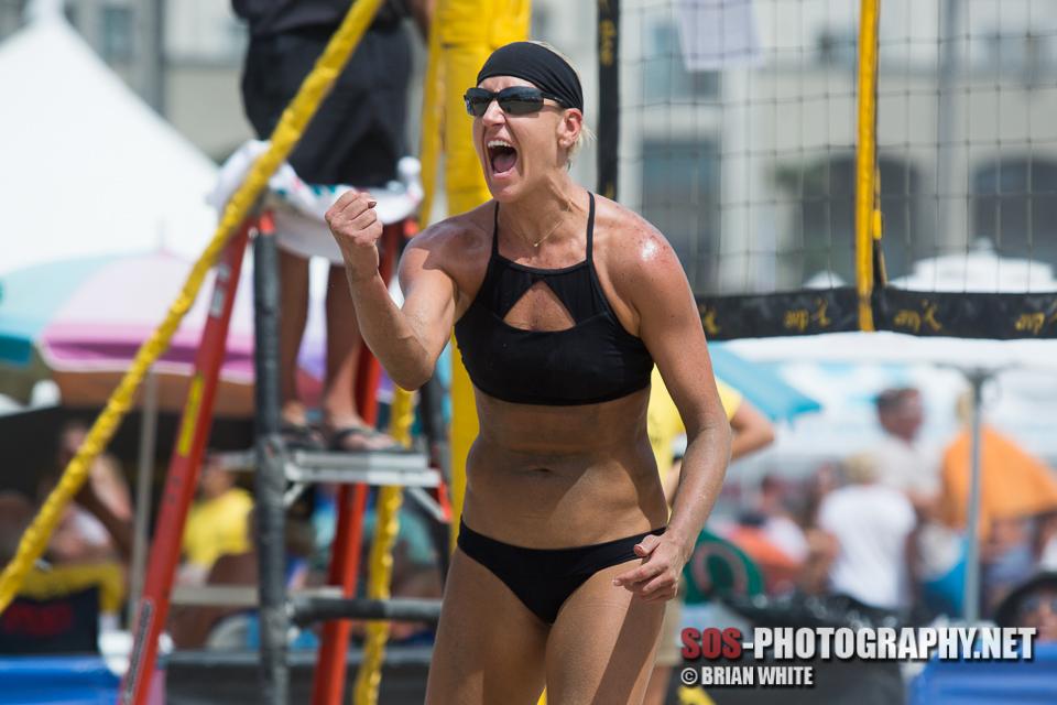 Brittany Hochevar_2015-09-12 AVP Huntington Beach_7Z4A2167