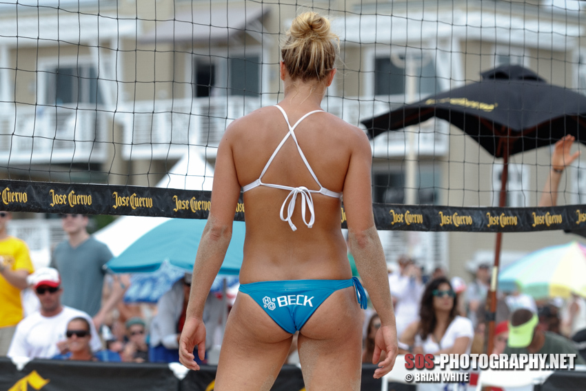 Morgan (Beck) Miller at the 2012 Jose Cuervo Hermosa Beach