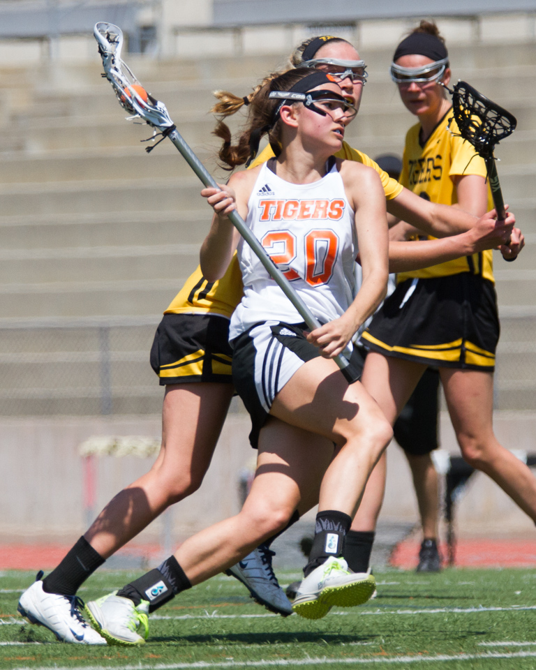 IMAGE: http://sos-photography.net/wp-content/uploads/2016/04/2016-4-2-Occidental-Womens-Lacrosse_IMG_8968-1.jpg