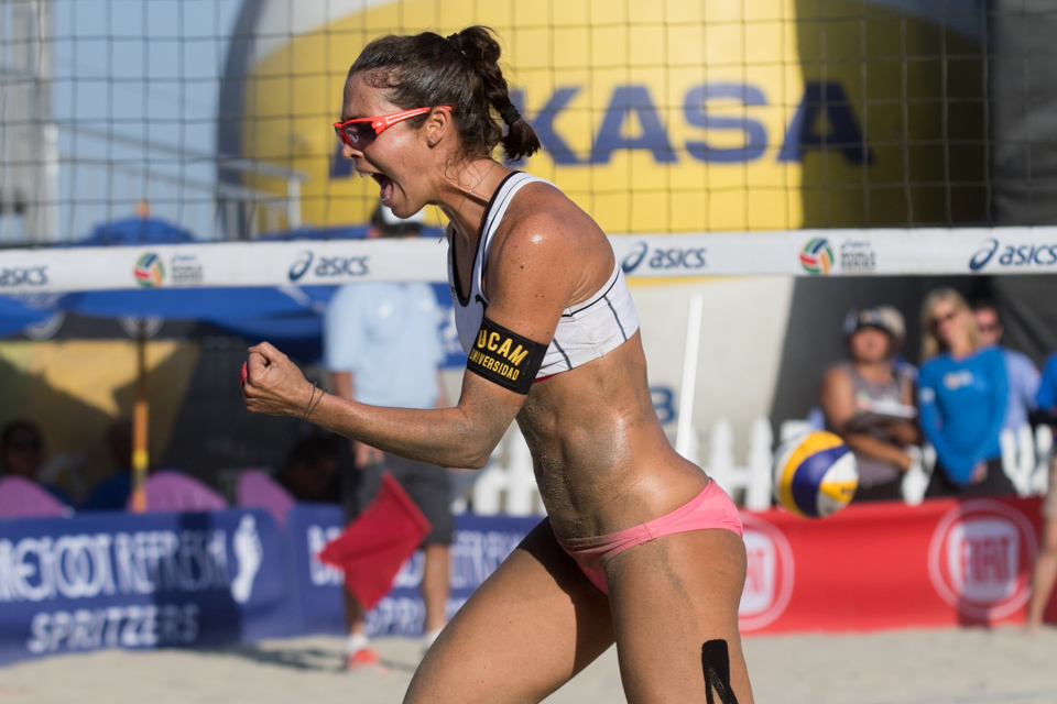 Elsa Baquerizo McMillan at 2016 FIVB Long Beach Grand Slam