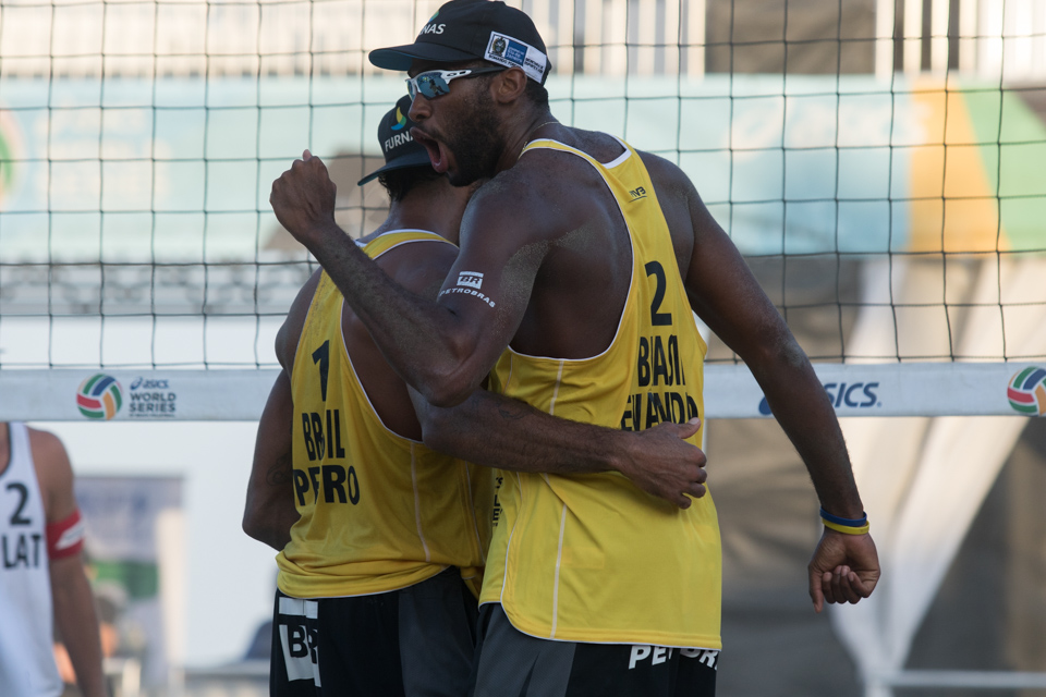 Evandro Goncalves Oliveira Junior, Pedro Solberg Salgado at 2016 FIVB Long Beach Grand Slam