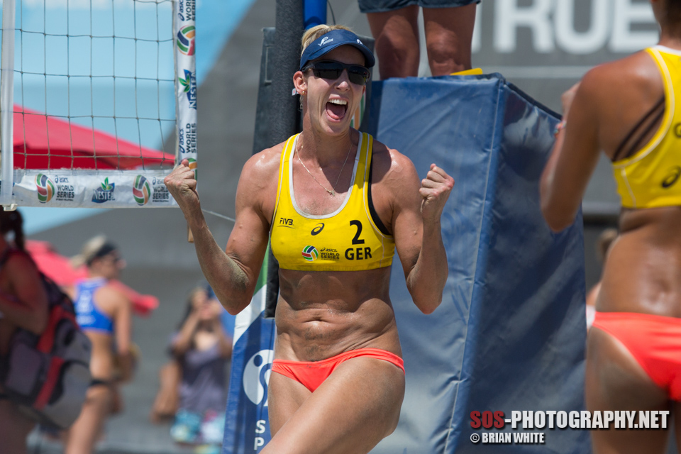 Louise Bawden celebrates a point at 2015 FIVB Long Beach Grand Slam